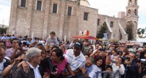 Viable legalizar amapola para abatir violencia: Obrador