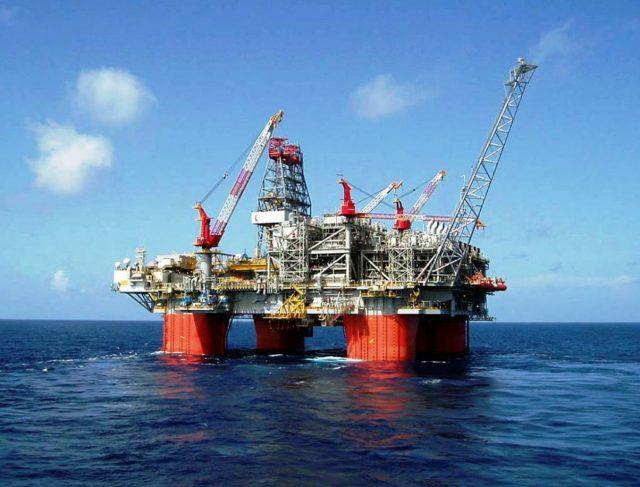 Extracción de petróleo, transportes darán crecimiento laboral