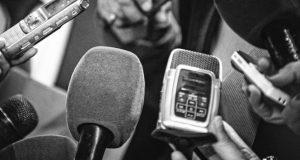"Buscan crear ""Premio Estatal de Periodismo"""