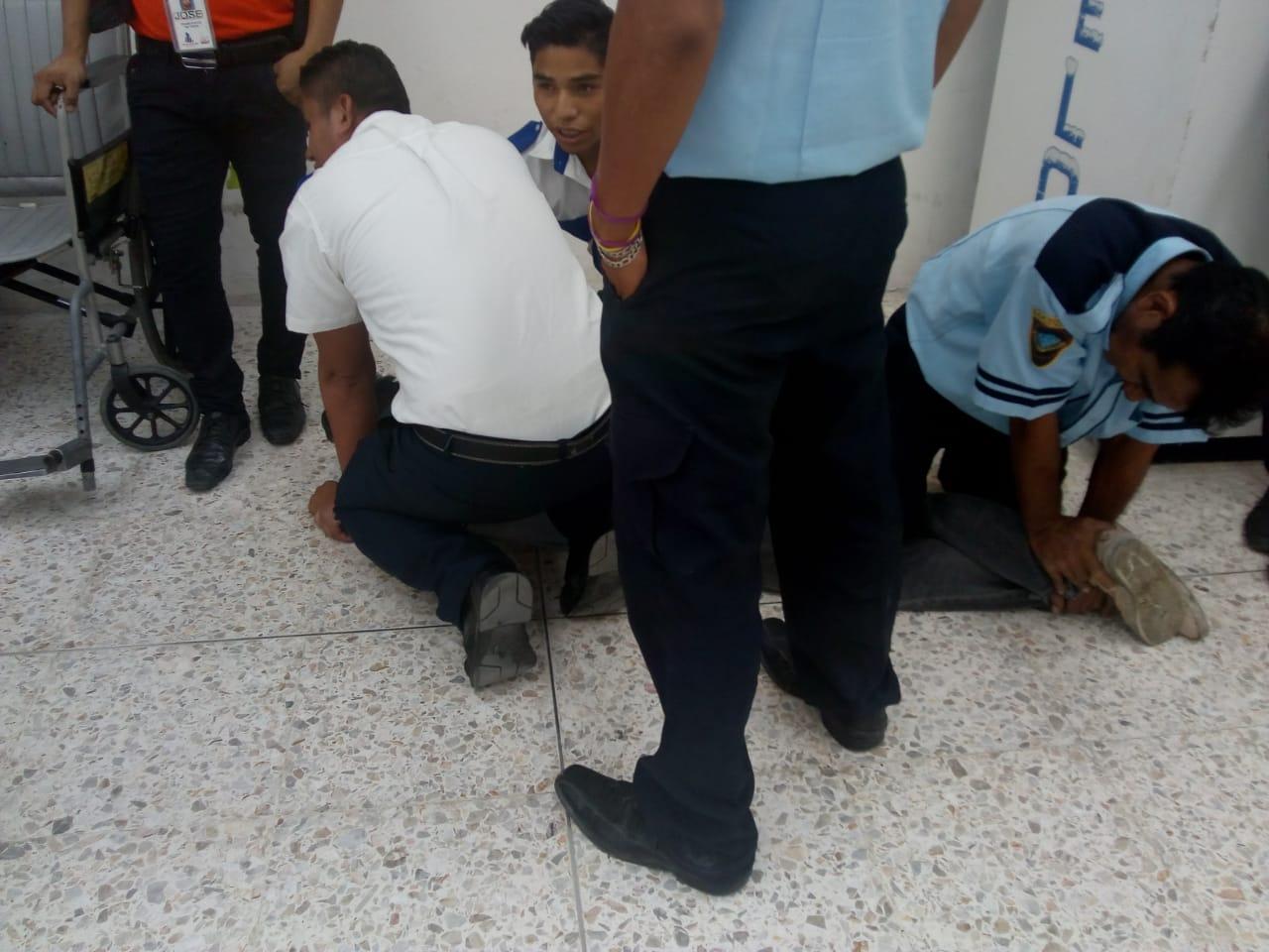 Cliente es masacrado en Chedraui
