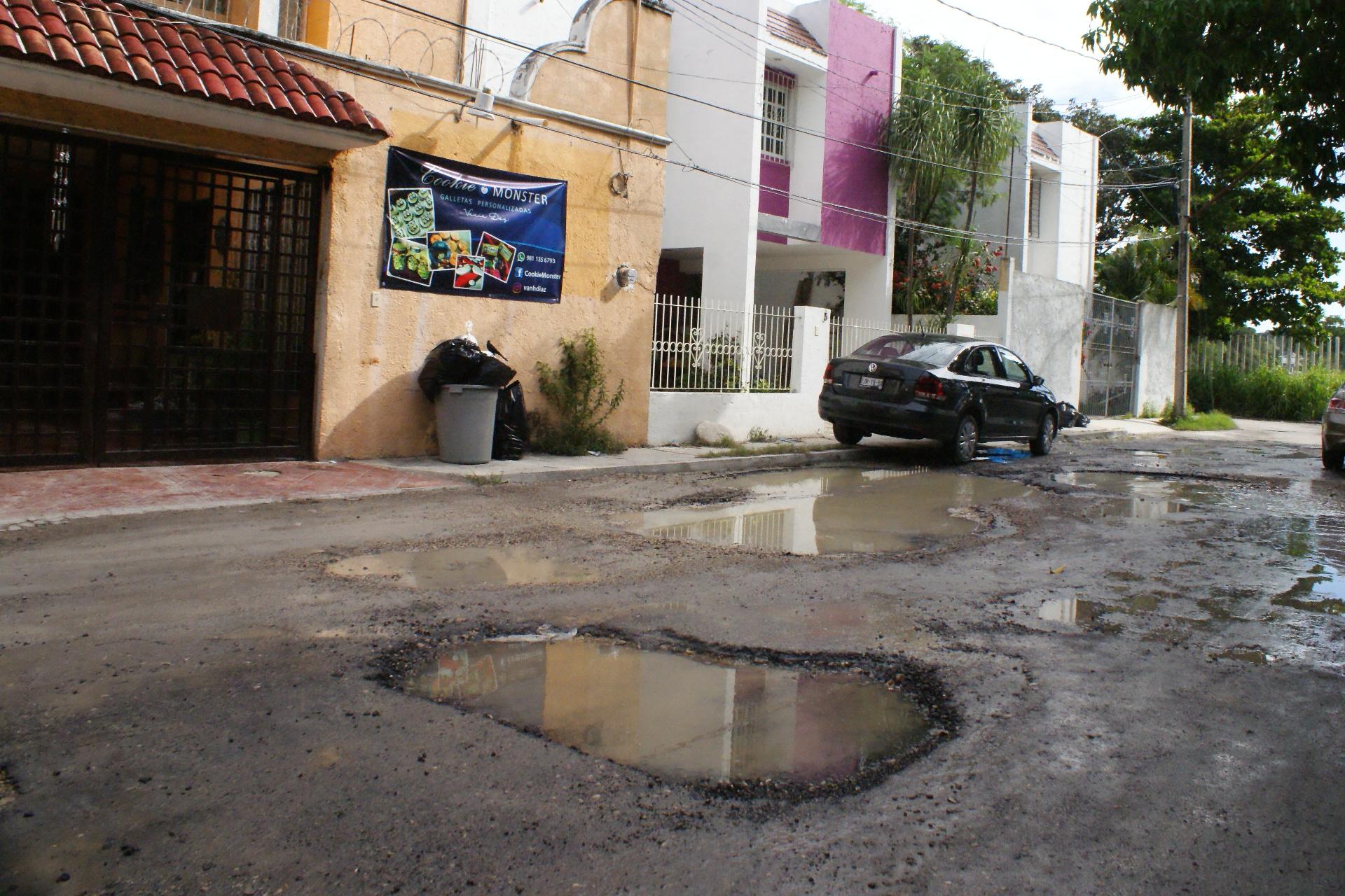 Calles en mal estado en Belén